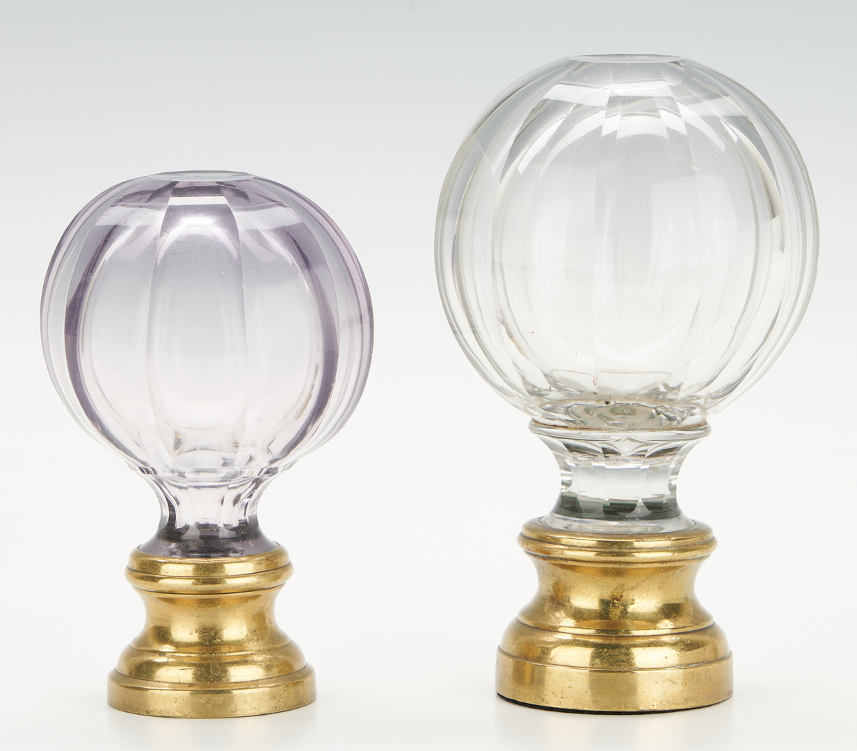 Lot 246: 4 French Spherical Glass Newel Finials